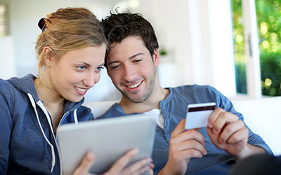 Online shopping couple